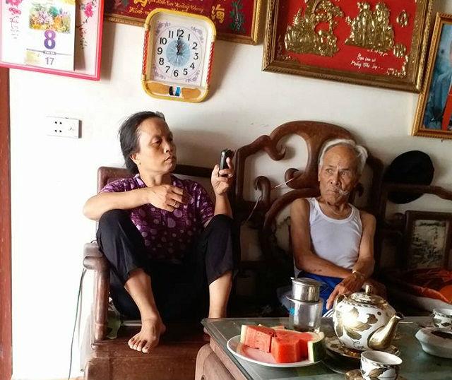 vợ chồng, vợ chồng chênh nhau 40 tuổi, cuộc sống hạnh phúc