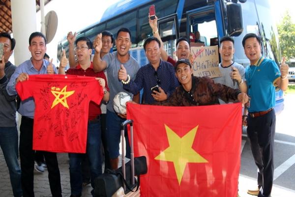 Tuyển Việt Nam đã đến Viêng Chăn, Lào tập kín muốn gây bất ngờ