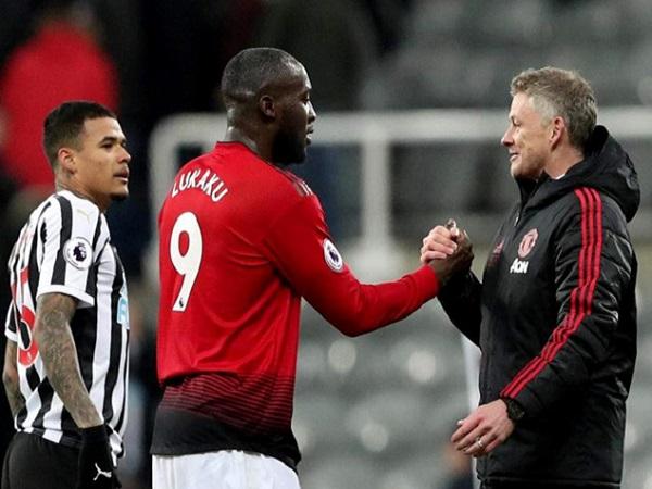 Lukaku lên tiếng bác bỏ tin đồn về tương lai tại Man Utd